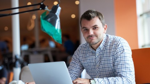 How Working Sales on the Side Helps You Be a Better Entrepreneur