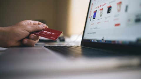 3 Ways The Right Software Boosts Your E-Commerce Store