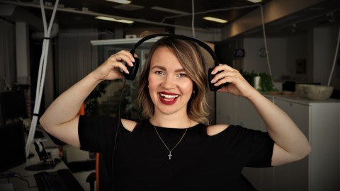 12 Tips For Building A Successful Podcast in 2019